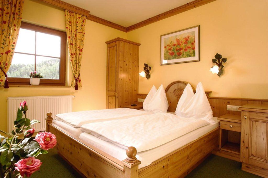Zimmer für 2 – 4 Personen im Alpengasthof Trinkeralm, Fageralm, Forstau
